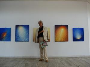 Août 2007 - Exposition galerie Apollo, Bucarest, Emil Ciocoiu avec ses oeuvres