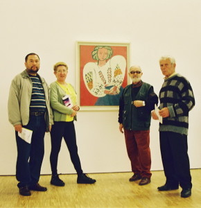 Avril 2001 - Kader Bekov, Mariana Gavaza, Ion Salisteanu et Leontie Gorbunov au Centre Pompidou - La chemisse roumaine