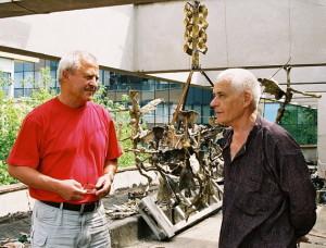 Juillet 2006 - Michel Gavaza et Ion Nicodim, à l'atelier du maître, Pangratti, Bucarest