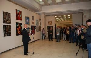 Novembre 2010 - L'ouverture de l'exposition au Parlement de Roumanie, par Michel Gavaza