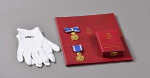 Medalia Custodele Coroanei romane - Membrilor Casei Regale